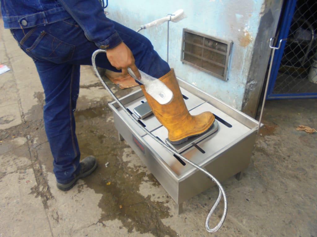 lava-botas-industrial-indumentaria-para-emergencia-sanitaria-covid-19