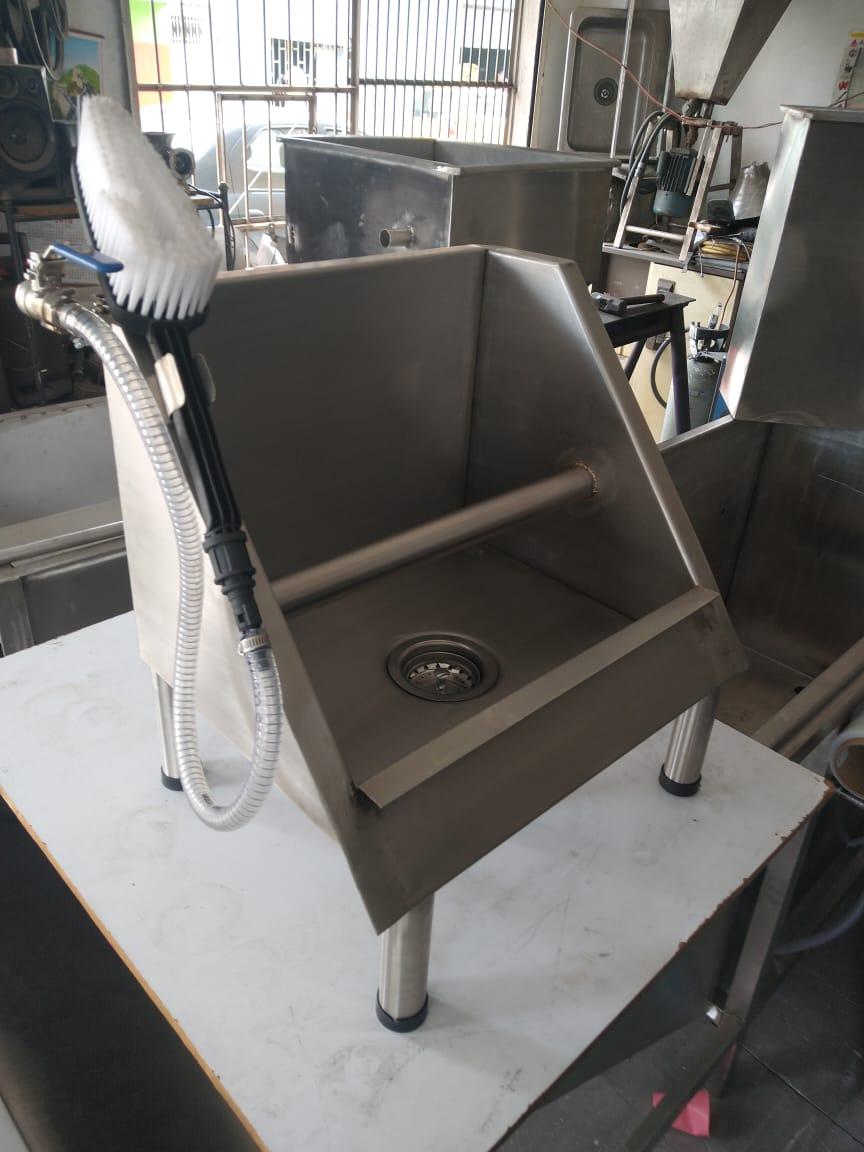 lava-manos-seguridad-industrial-indumentaria-para-emergencia-sanitaria-covid-19