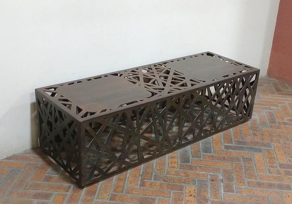 arte-metal-cali-metalicaspazco-banca-diseño-rustico-exterior-lateral